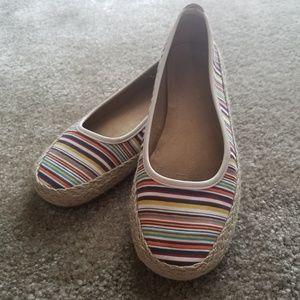 A2 rainbow stripe flats size 8 US